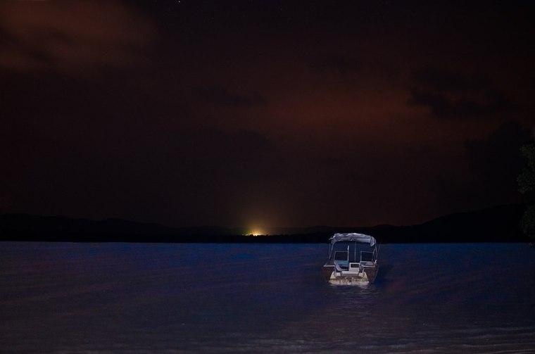 1024px-Mosquito_bay,_Bioluminescent_bay,_Vieques_-_panoramio_(3)